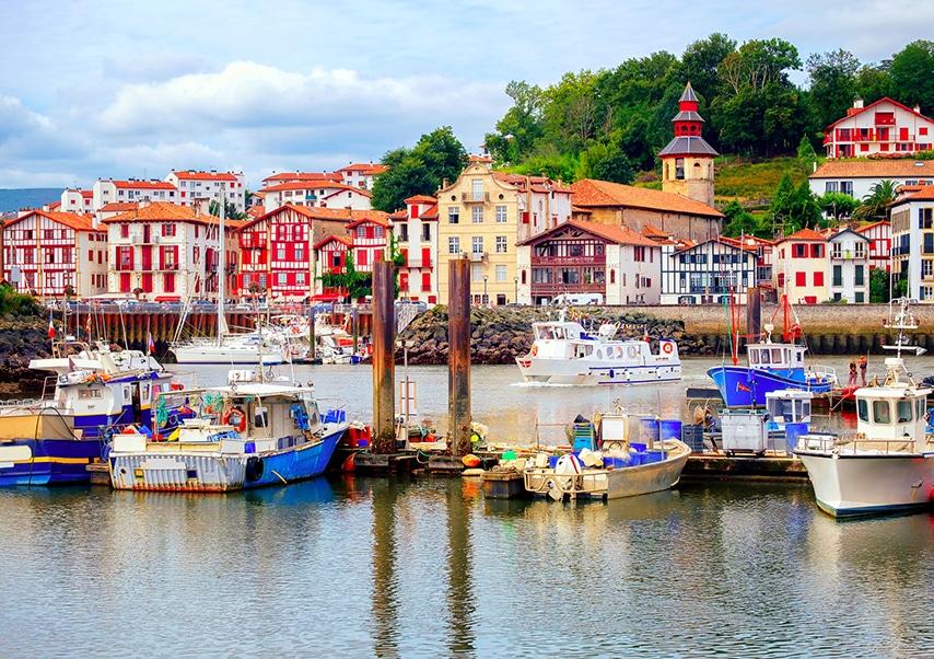 Saint-Jean-de-Luz seminar port