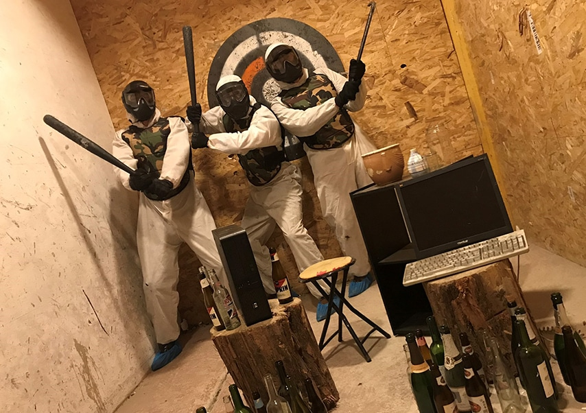 destruction team building team