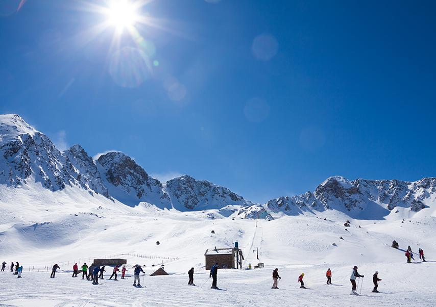 residential seminar pyrenees mountain